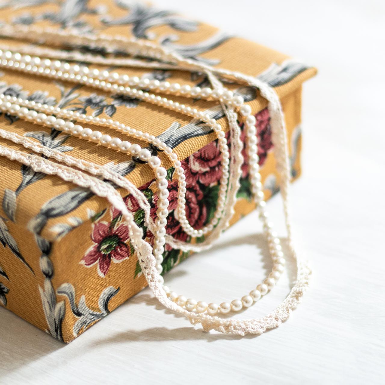 Collier de perle réalisé par La Bobine d'Emilie